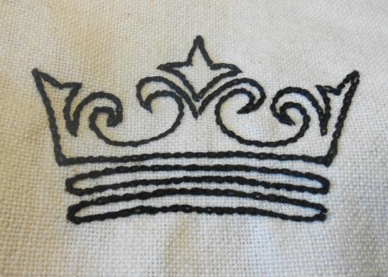 Black crown, chain stitch
