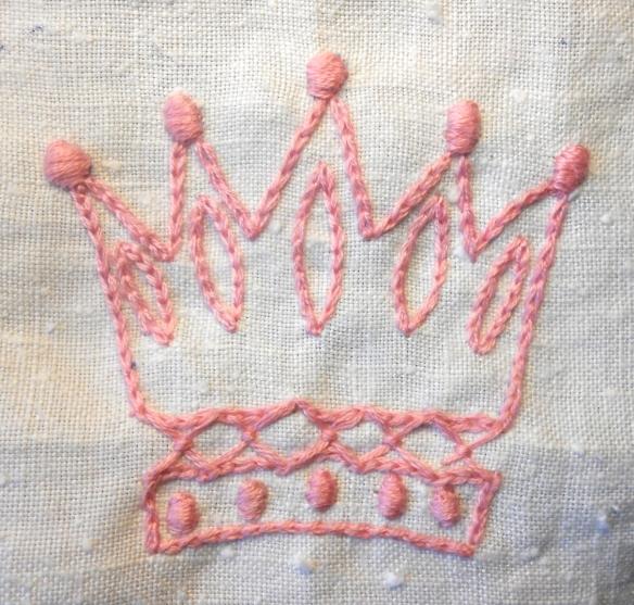 Pink crown, chain stitch