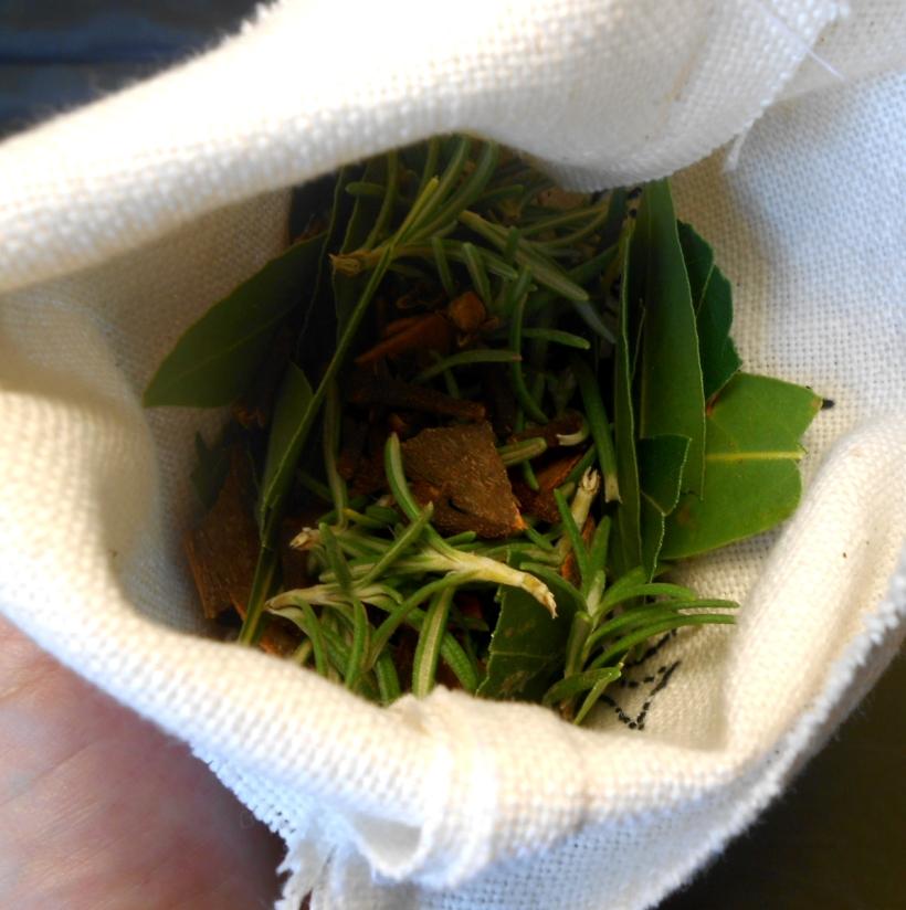 Rosemary, Bay leaves, Cinnamon & Cloves
